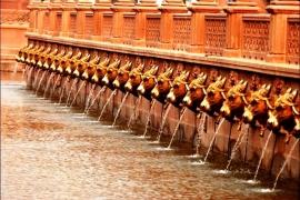 бассейн храма Акшардхам