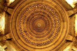 лепнина храма Акшардхам