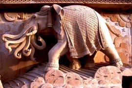 статуи Акшардхама