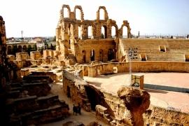 развалины амфитеатра в Эль-Джеме