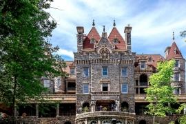 величественный замок Болдт