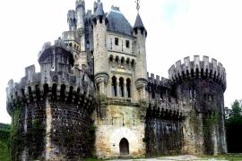 величественный замок Бутрон