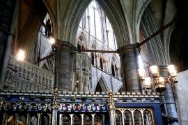 зал аббатства