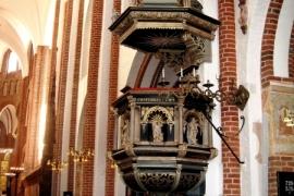 07интерьер роскилльского собора
