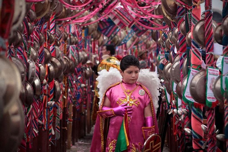 мальчик на карнавале Диаблада