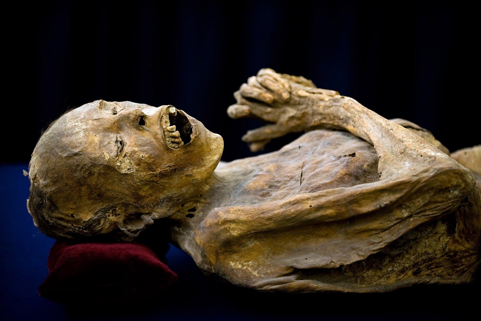 мумия женщины