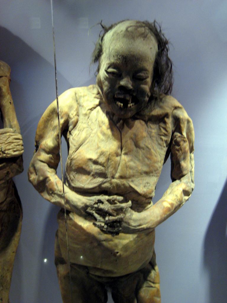 мумия чудовища