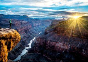 закат в каньоне