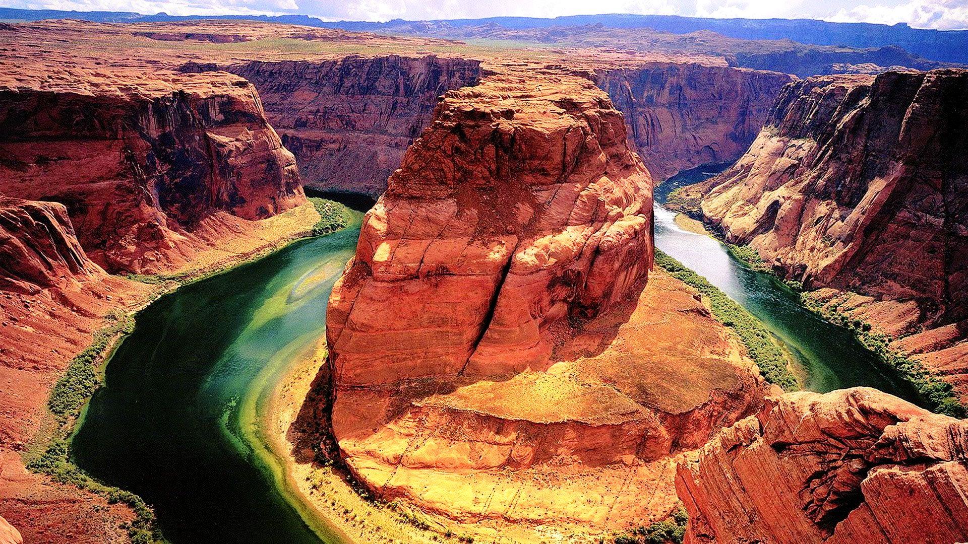 большая скала в большом каньоне