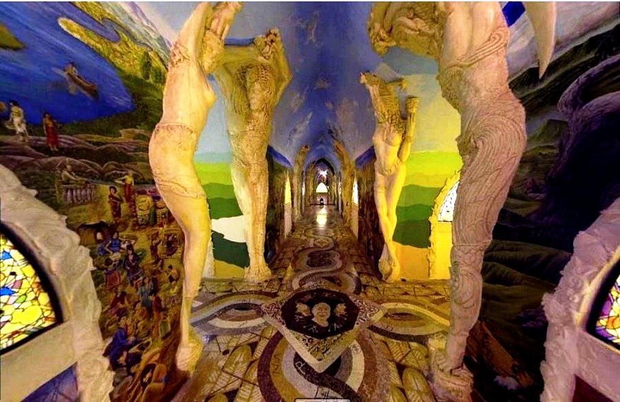 скульптура в залах Даманхура