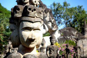 изваяние будды