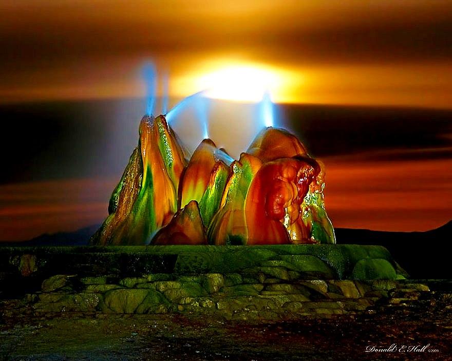 закат над гейзером флай