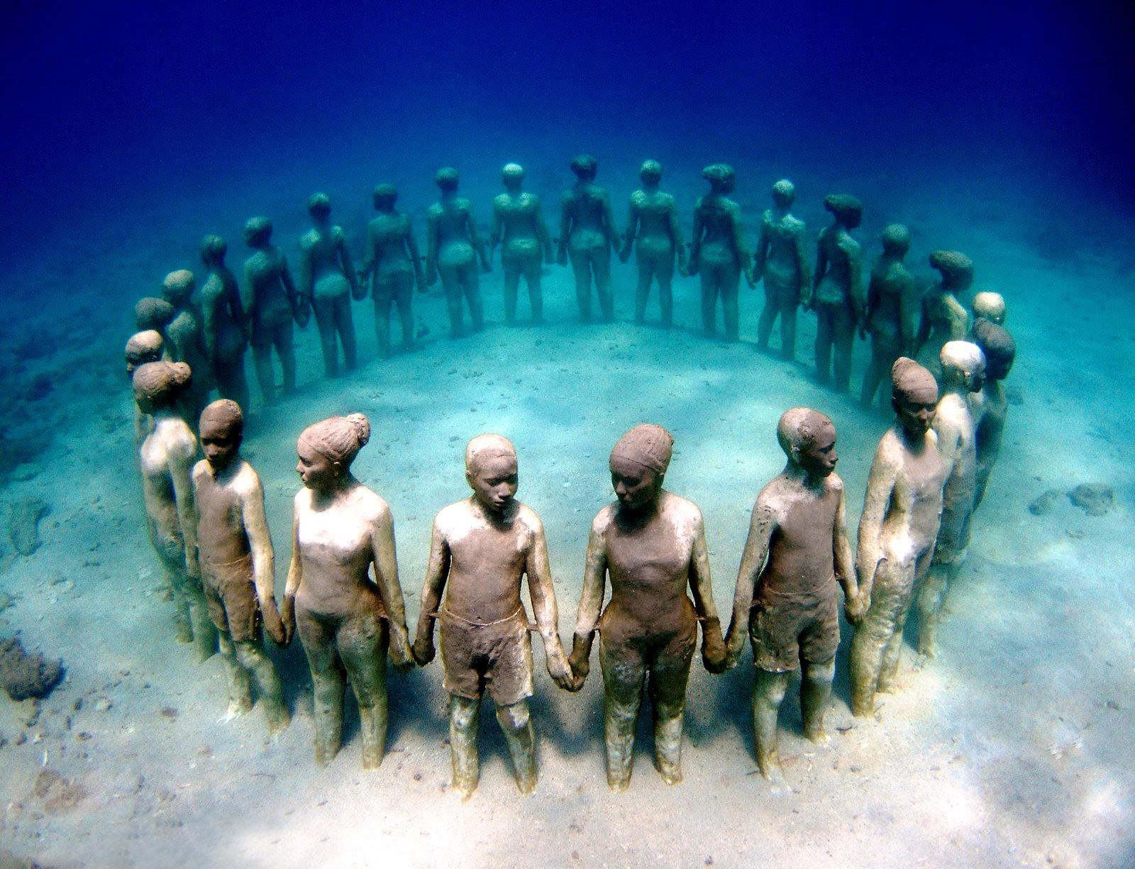 подводные изваяния