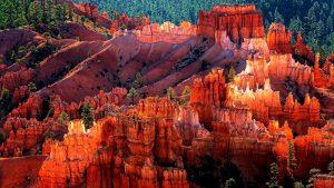 солнечный свет в каньоне брайс