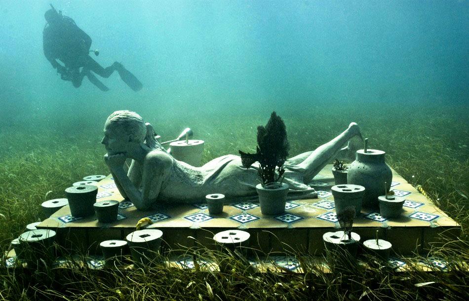 подводное изваяние