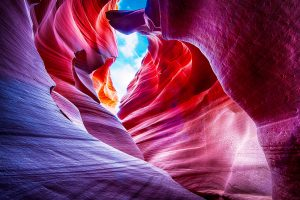 камни цвета радуги