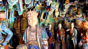 скульптуры висячего монастыря