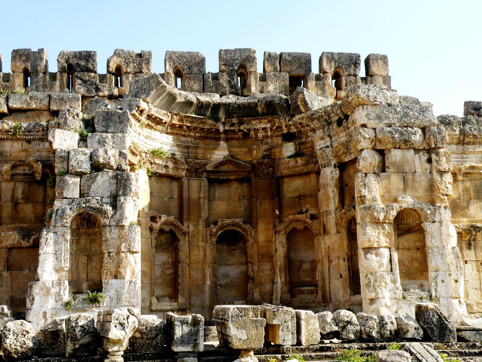 остатки храмов баальбека