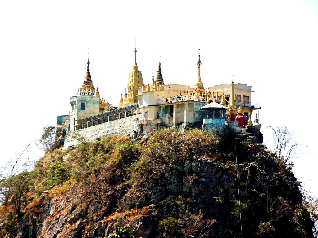 монастырь горы поупа