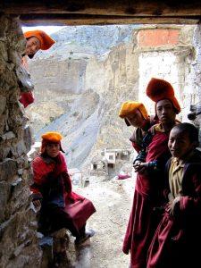 молодые монахи фугтал гомпа