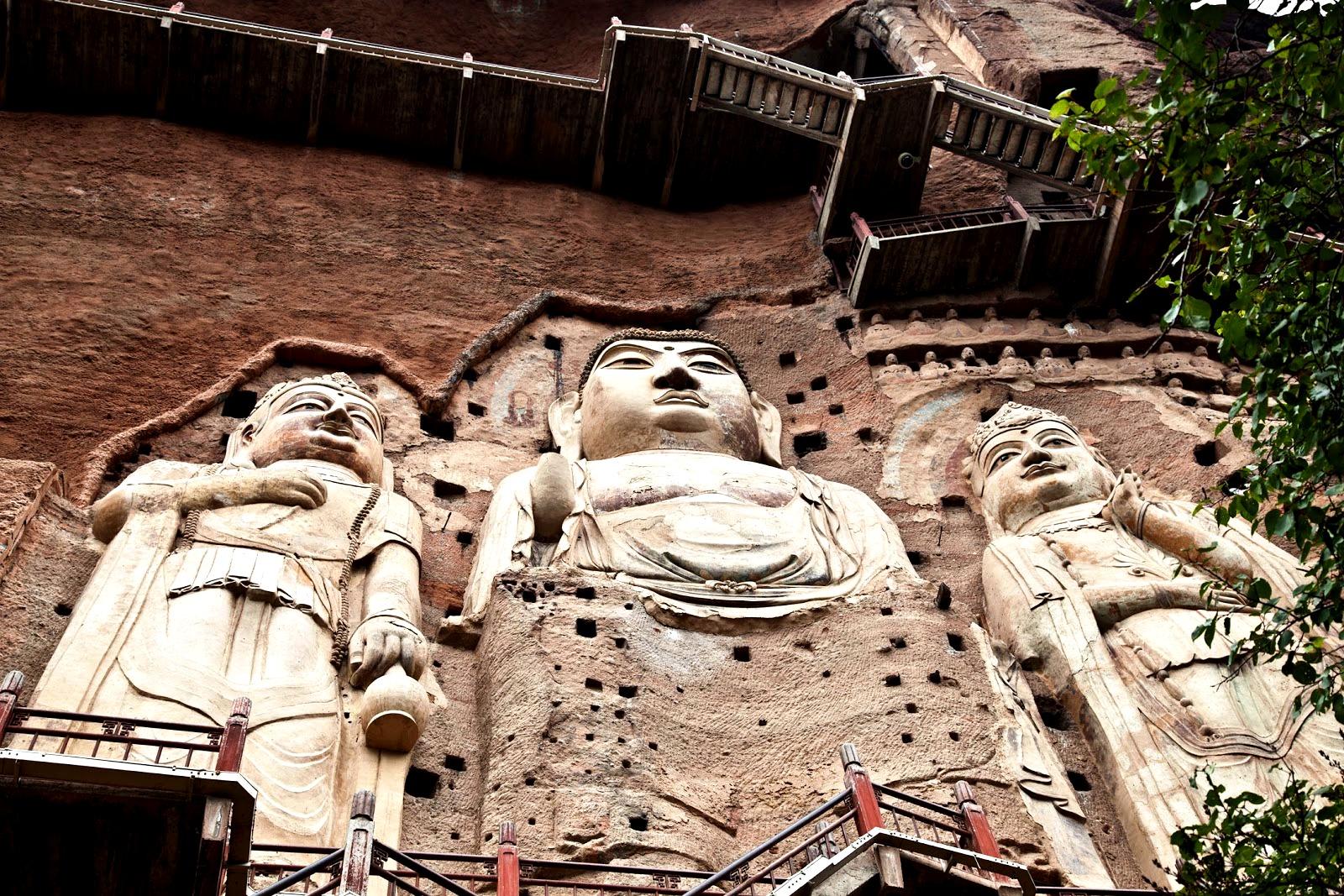 статуи майджишана