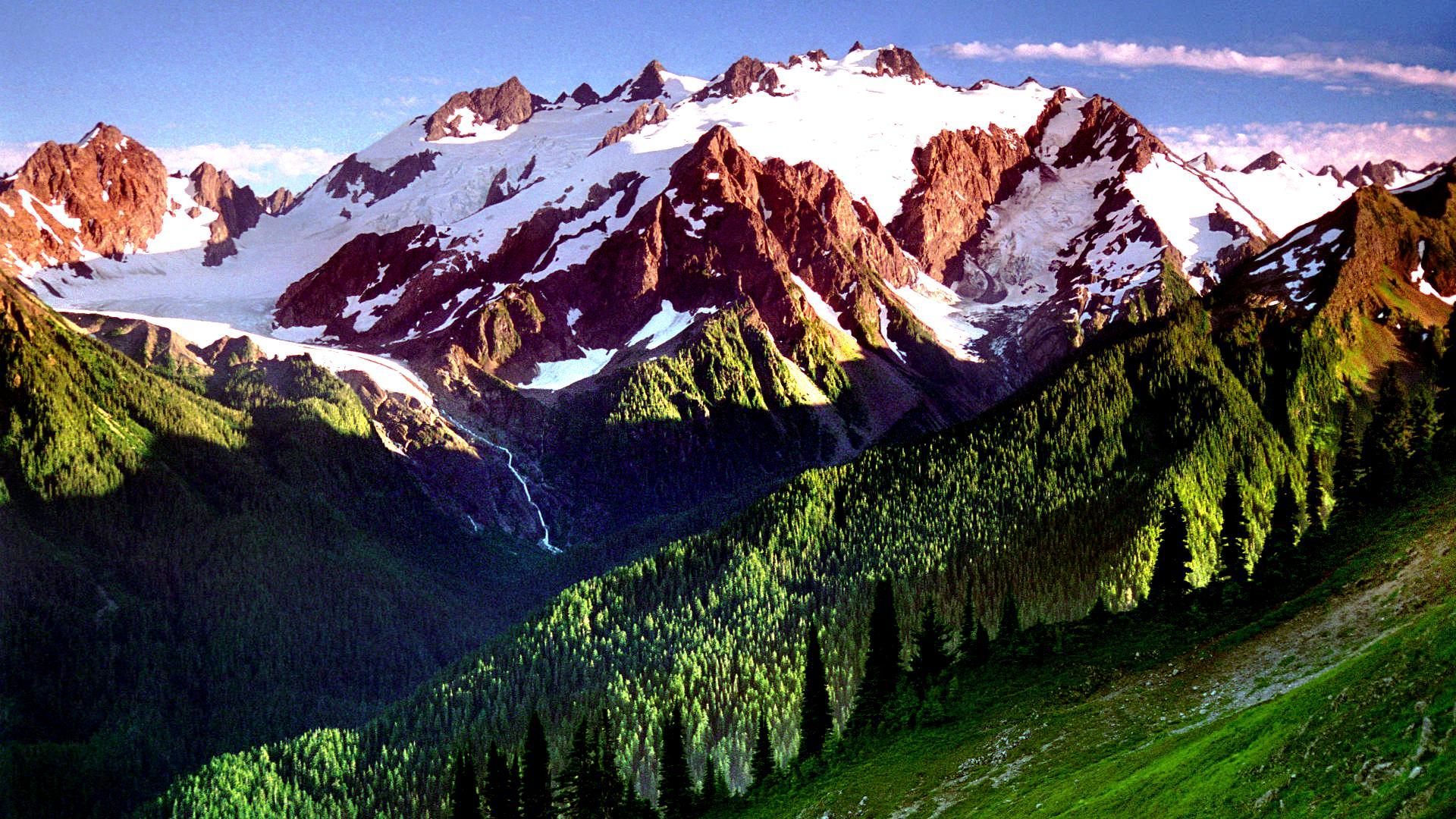 олимпик парк и горный хребет