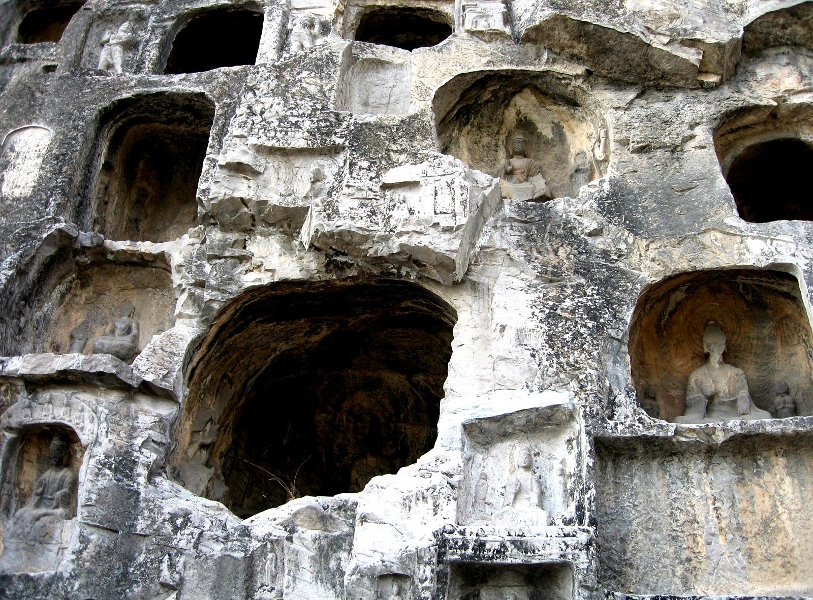 скальные храмы лунмэня