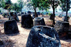 группа каменных сосудов