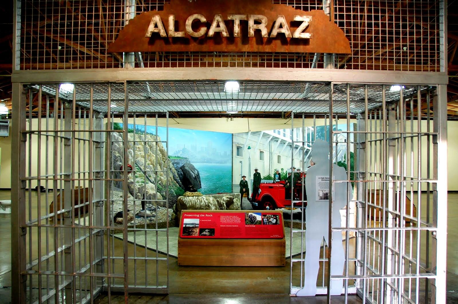 вход в музей алькатрас