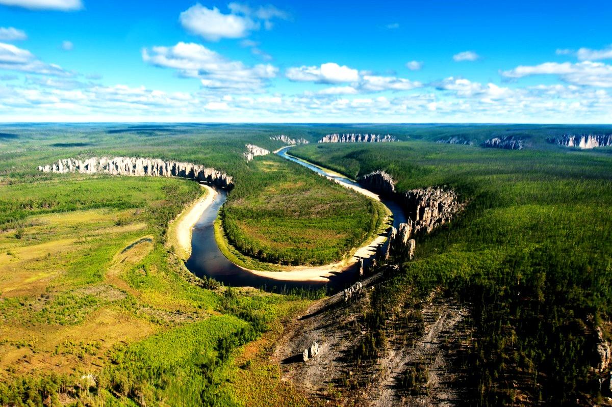 вид на природный парк ленские столбы