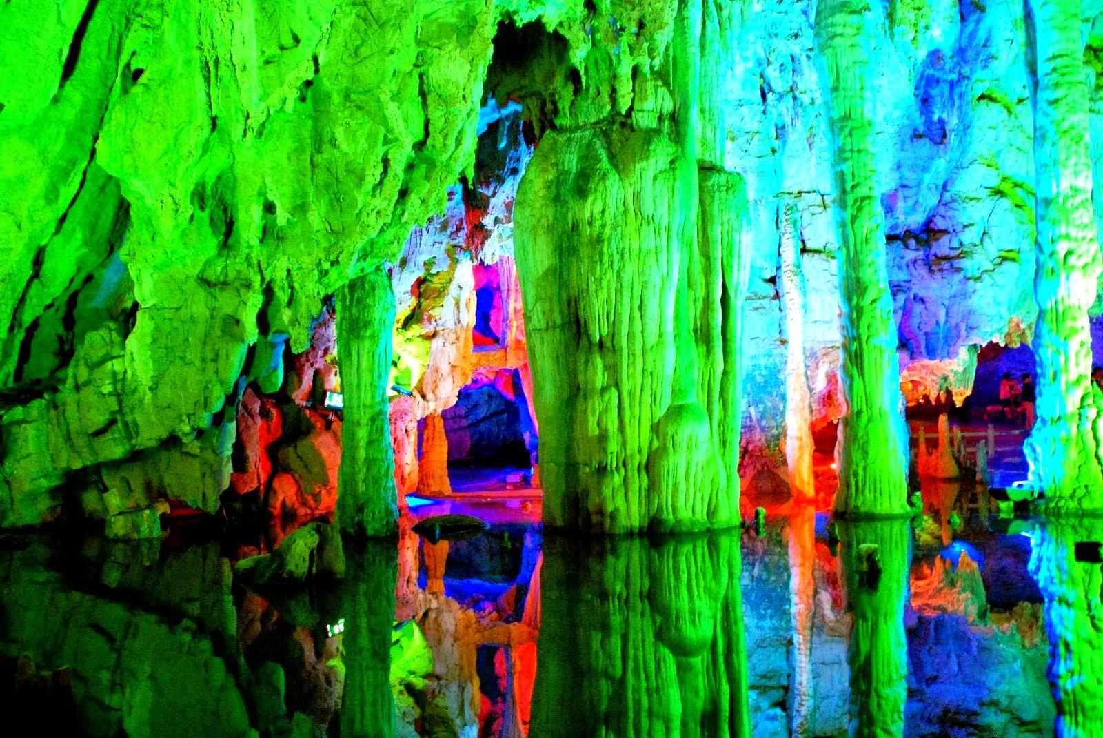 подземное царство красок