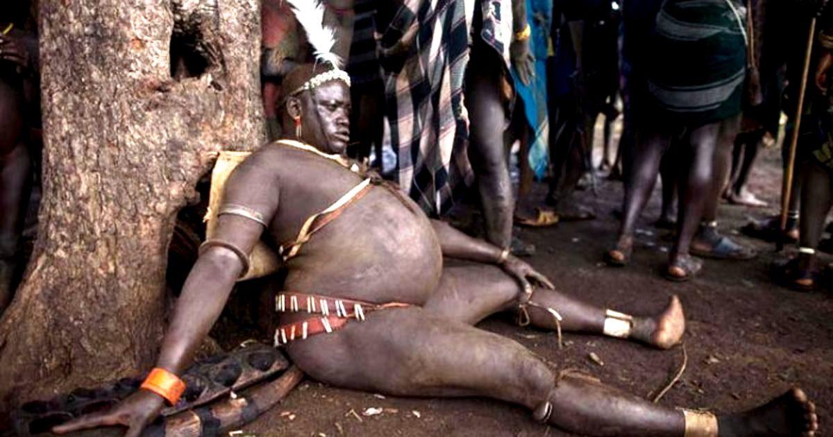 толстый африканец