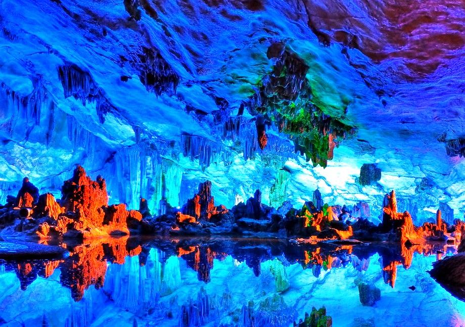 внешний вид пещеры тростниковой флейты