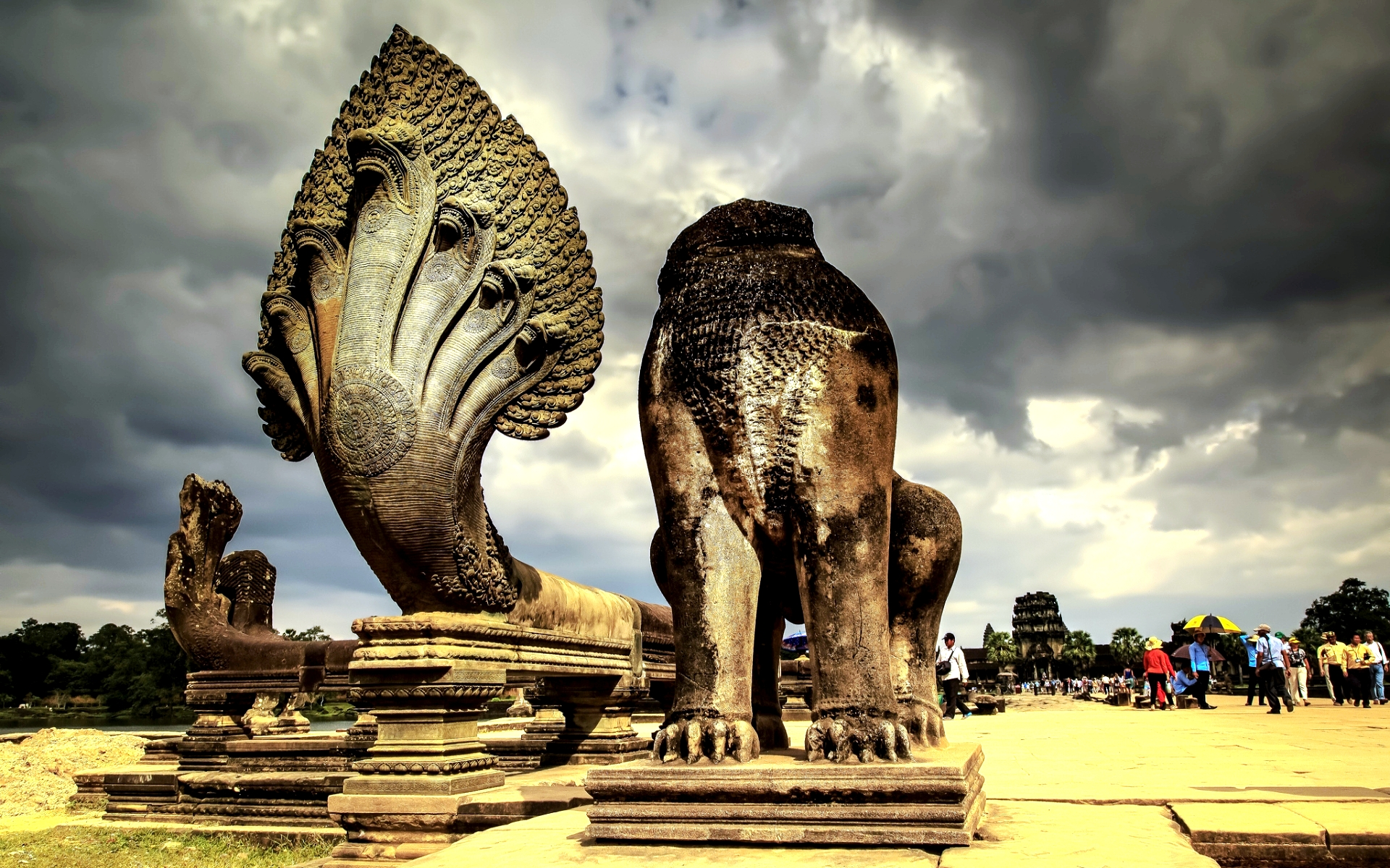 скульптуры ангкора