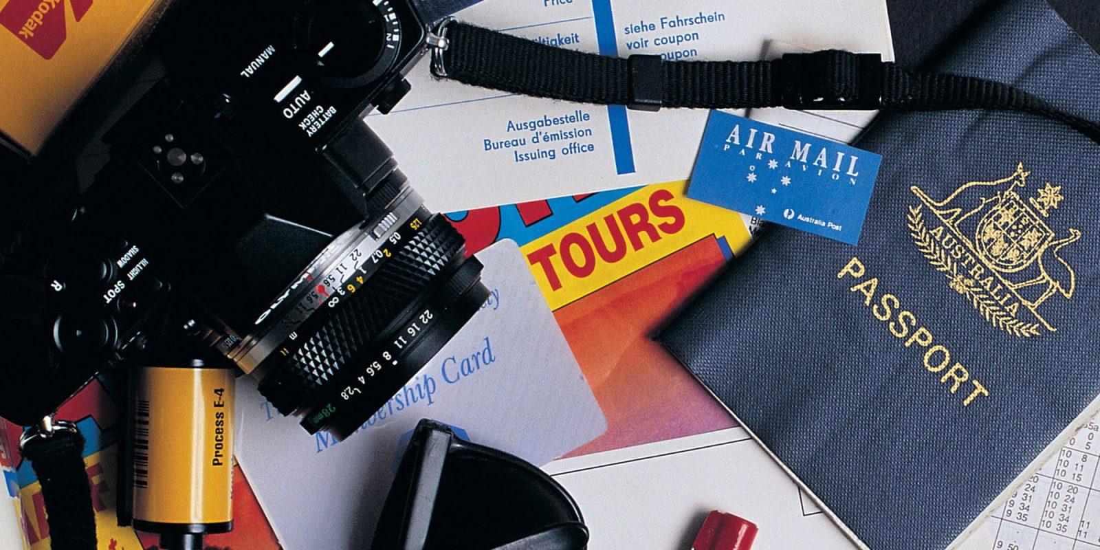 камера и паспорт
