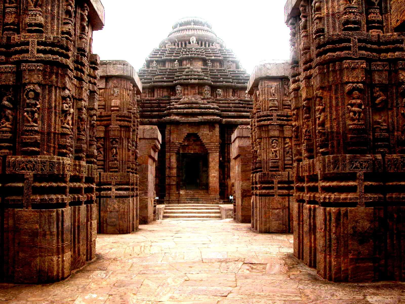 храм сурьи
