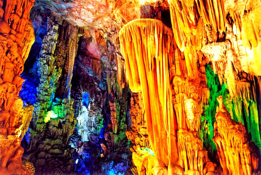 удивительные сталактиты