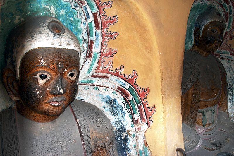 ченые будды висячего монастыря