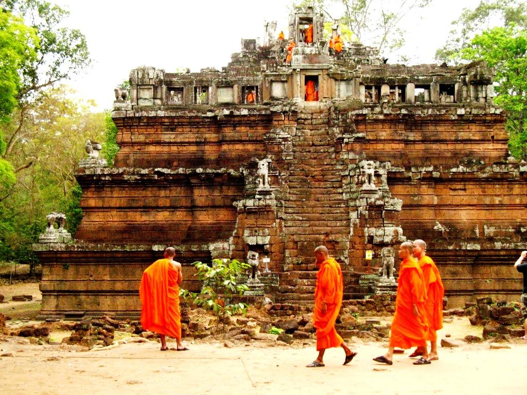 монахи ангкора