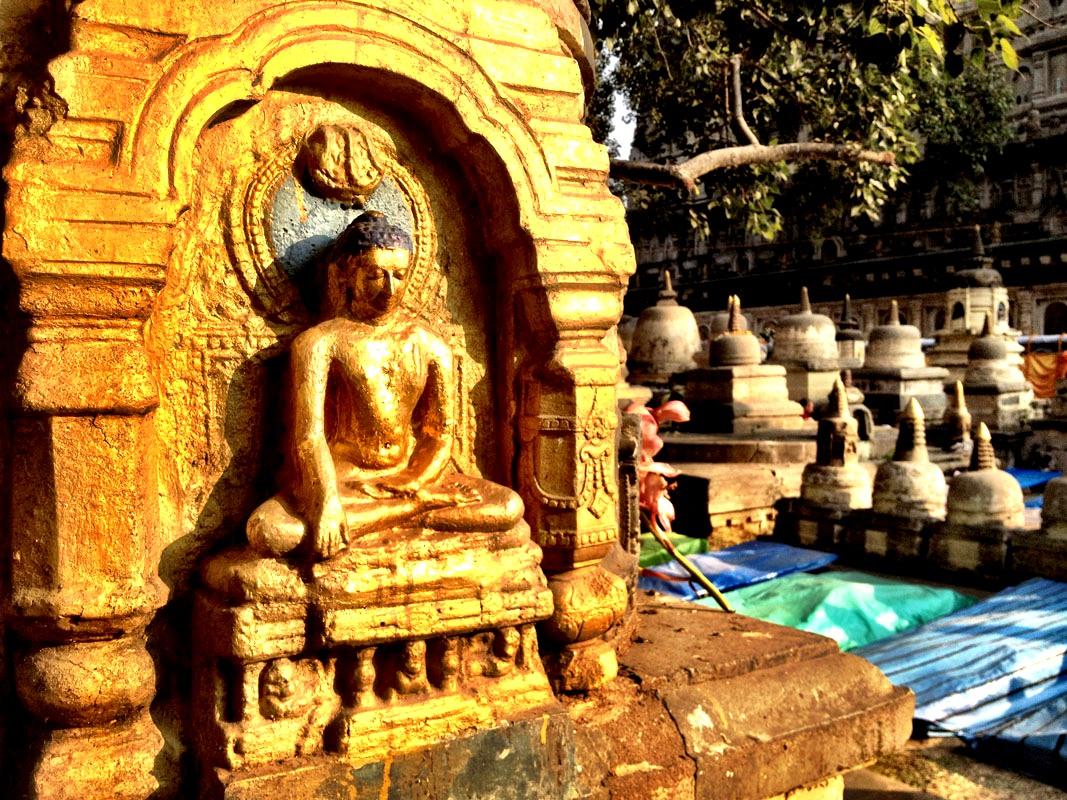 изваяния бодхгаи