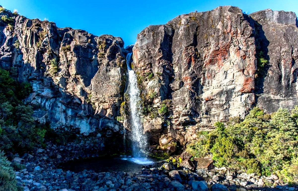 идиллический пейзаж тонгариро
