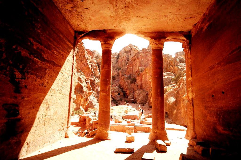 вид из храма петры