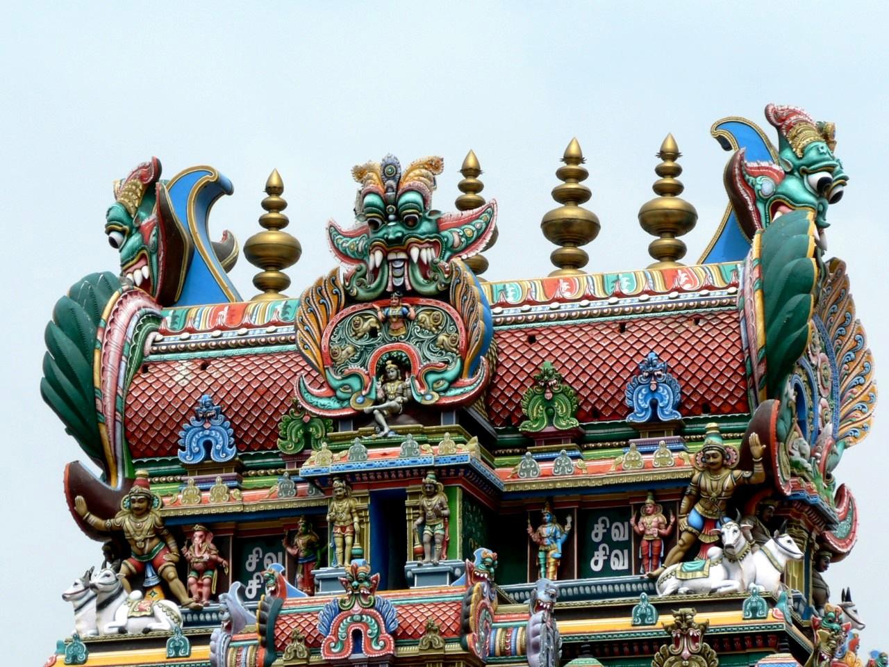 верхушка храма минакши