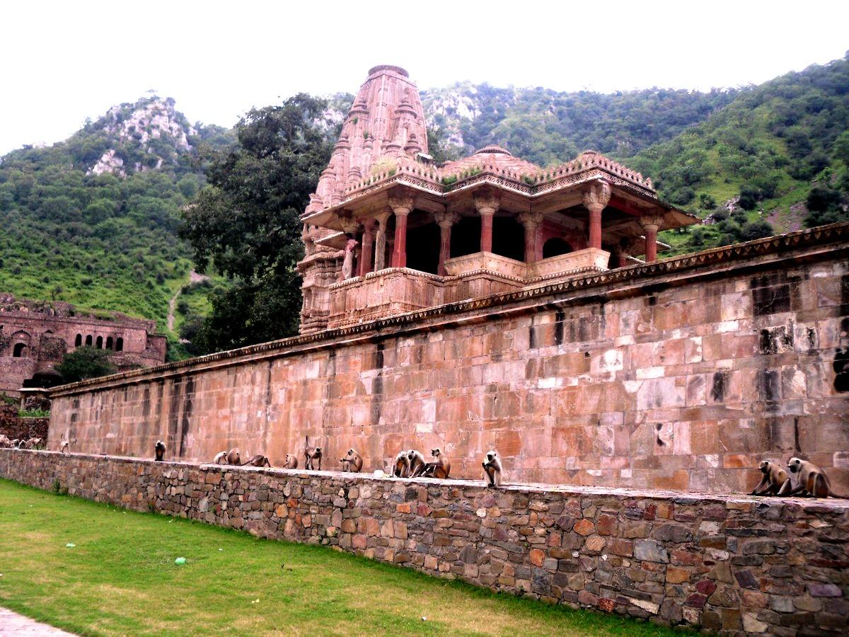 руины бхангара