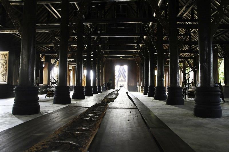 зал черного храма
