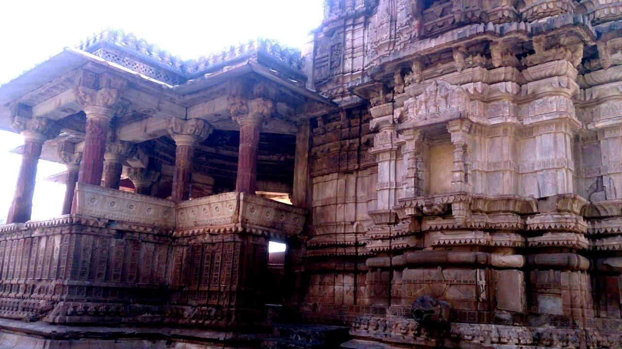 строения и здания бхангара