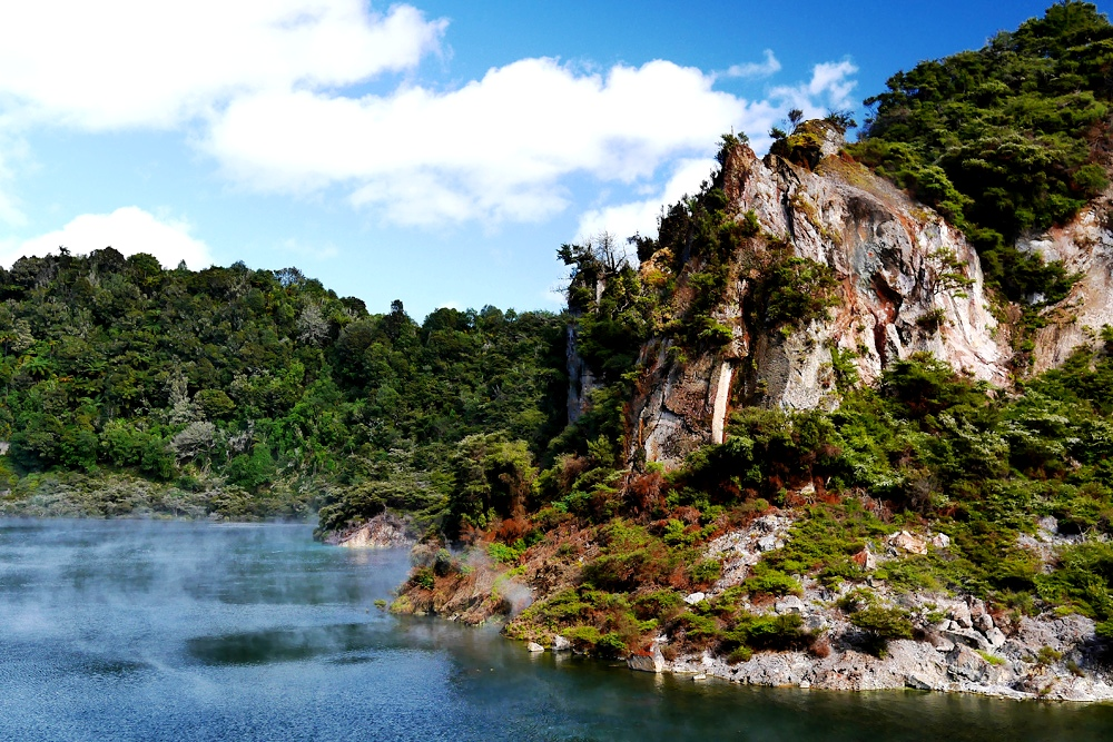 острова озера роторуа