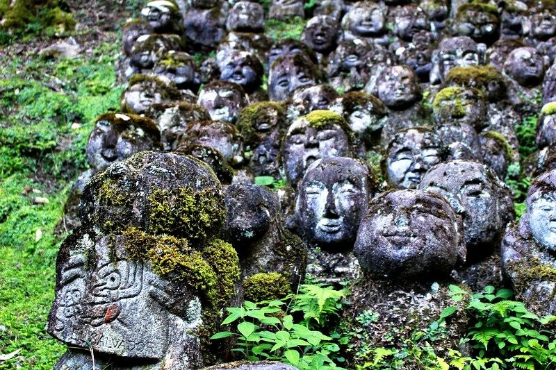 скульптурки храма