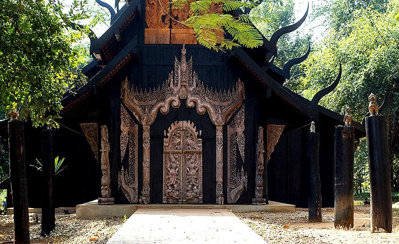 вход в черный храм