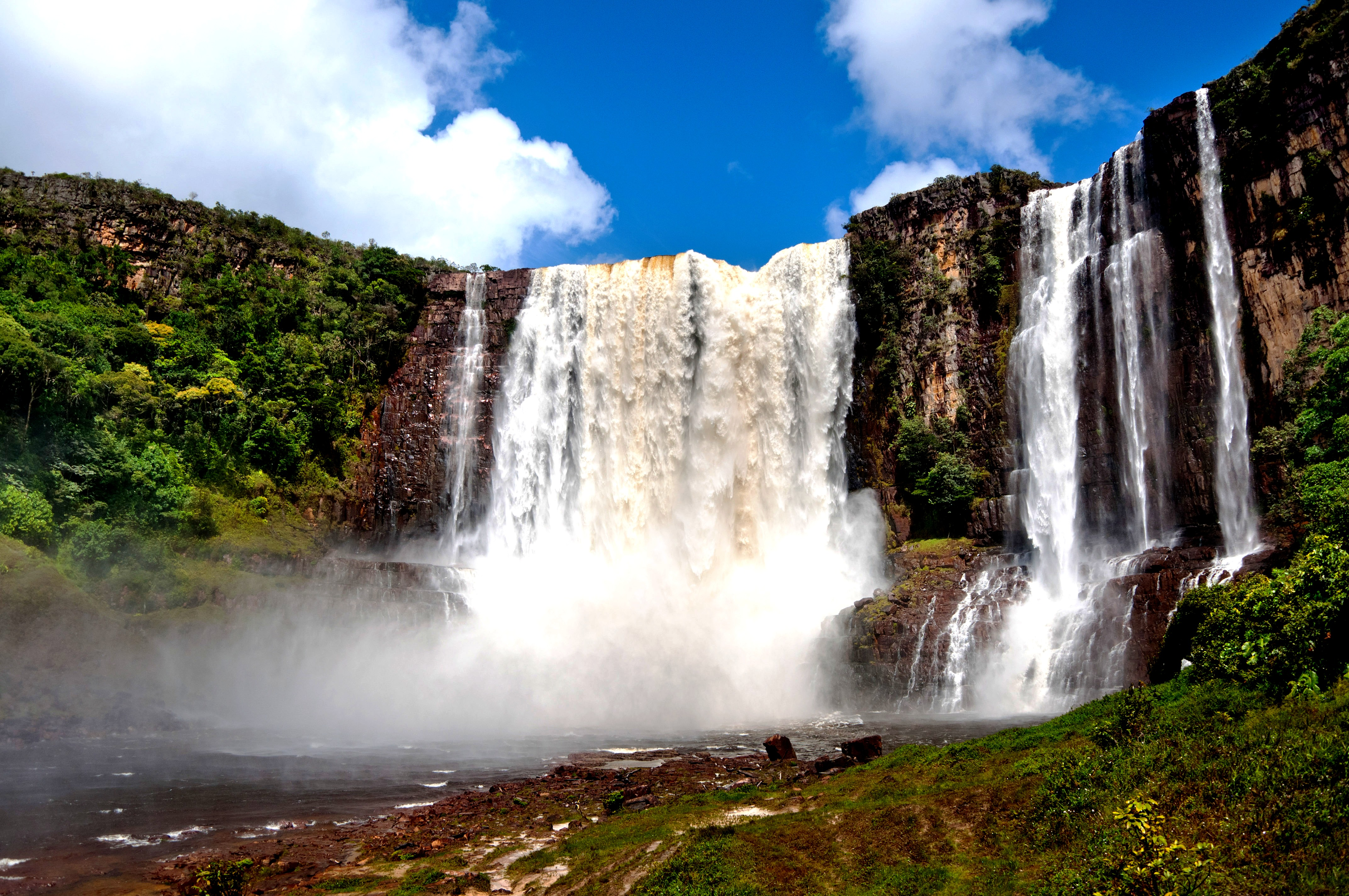 водопад апонвао